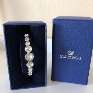 Swarovski crystal heats bracelet